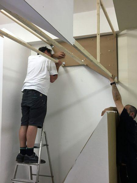 Vereinte Kräfte beim Bau von base23s Installation